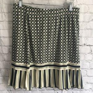 New Max Studio navy blue green print skirt large